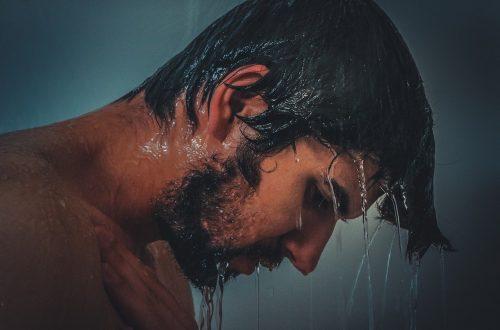 męska broda wymaga odpowiednich kosmetyków
